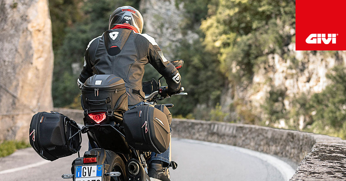 2020+GIVI+collection+features+lots+of+new+bags+and+accessories+all+in+the+name+of+design%2C+comfort+and+practicality%21